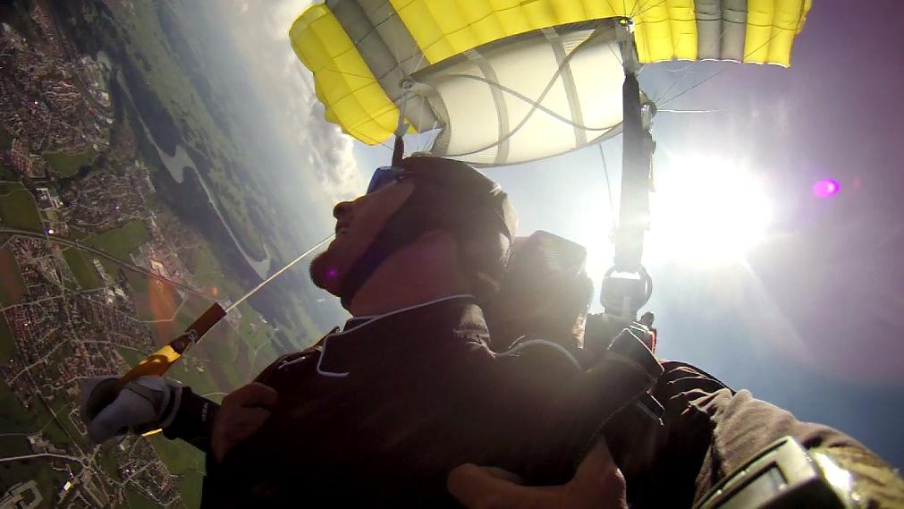 tandemmichl www.mein-skydive.de, tandem fallschirmspringen, tandem fallschirmsprung, fallschirm tandemspringen, fallschirm tandemsprung, fallschirmspringen, fallschirmtandemsprung, tandemfallschirmsprung, tandemfallschirmspringen, tandemspringen